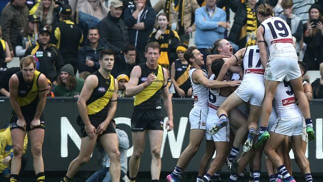 Mundy after the siren